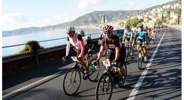 donne-in-bicicletta-jpg