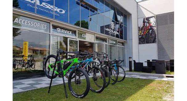 nuovo-store-basso-bikes-lee-cougan-jpg